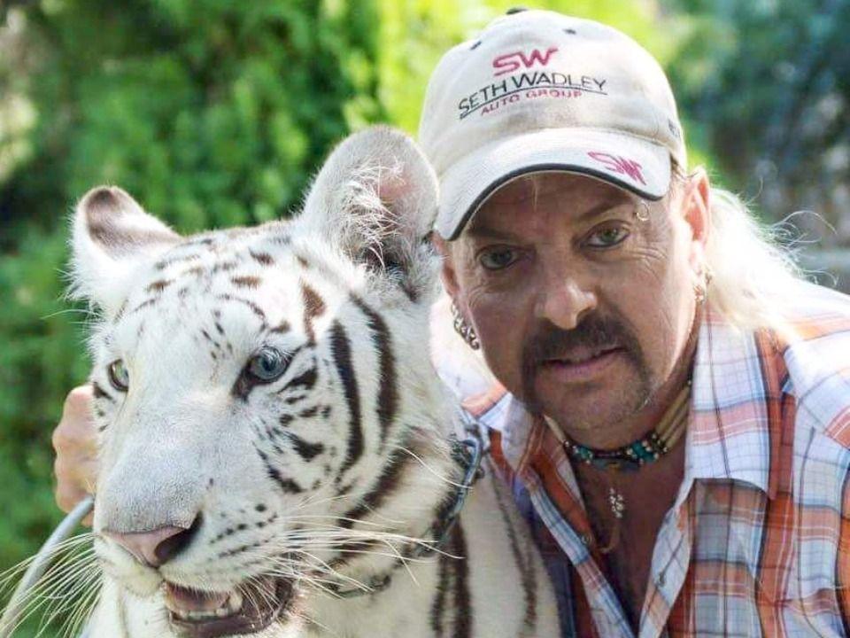 A Máfia dos Tigres (Tiger King, Netflix) - Resenha - 10