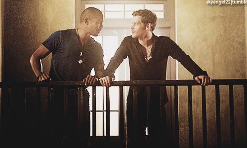 Review - The Originals 1x02