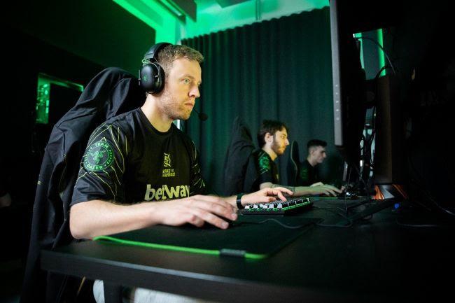 Razer é a nova parceira da gigante dos esports Ninjas in Pyjamas